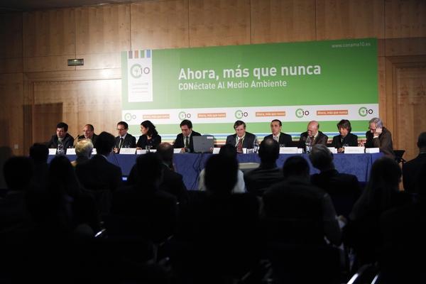 Mesa de ponentes 4