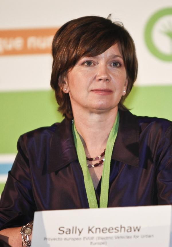 Sally Kneeshaw