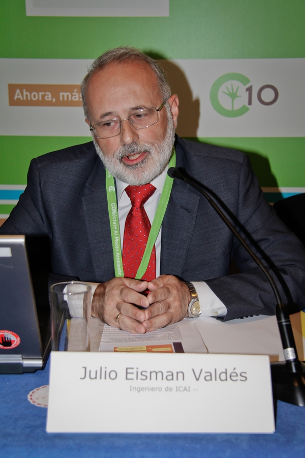 Julio Eisman Valdés