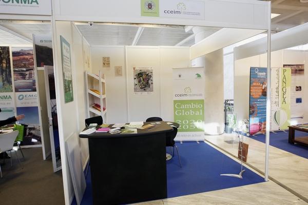 Stand Centro Complutense de Estudios e Información Medioambiental (CCEIM)