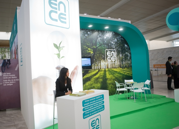Stand Ence 1