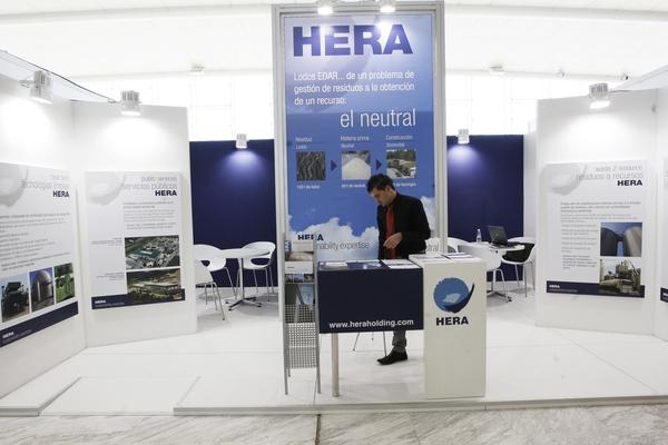 Stand Hera Holding
